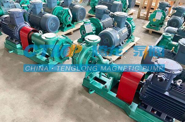 腾龙UHB-ZK砂浆泵发往云南斯创克科技