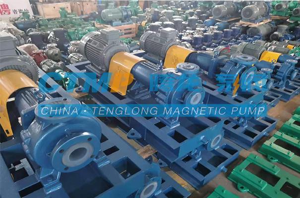 腾龙一批IHF-L氟塑料离心泵发往重庆昆崧科技
